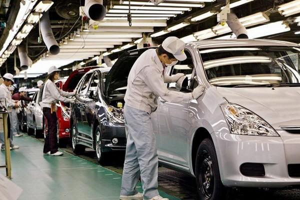 Toyota обошла GM и вновь