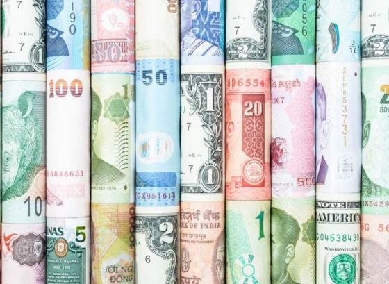 Рубль может упасть вслед