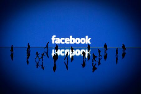 Facebook отстал от