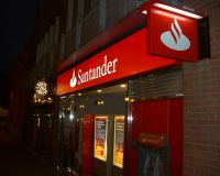Прибыль Santander
