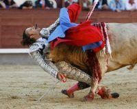 Дефолт Испании обрушит