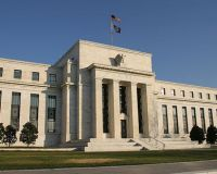 Члены ФРС не хотят новых