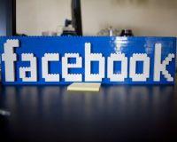 Facebook обвалил мировые