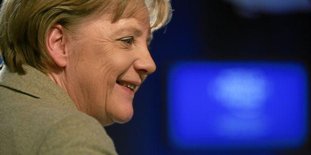 Меркель: из кризиса нет