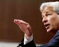 Главу JPMorgan лишили