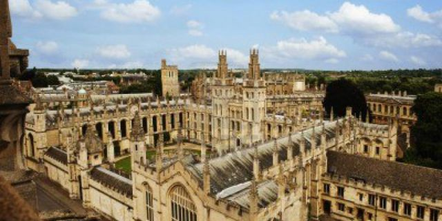 Оксфорд заброкировал