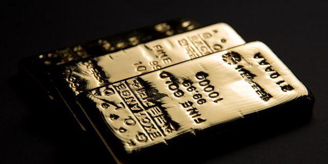 Цены на золото вновь под