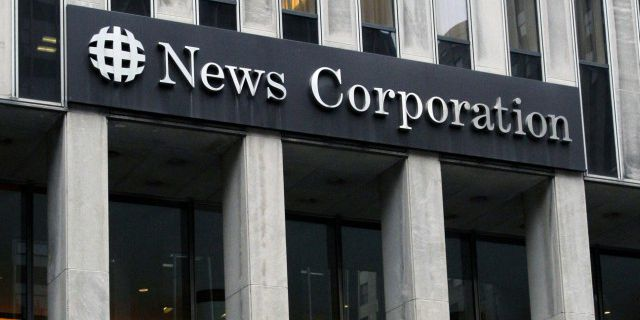 Акционеры News Corp