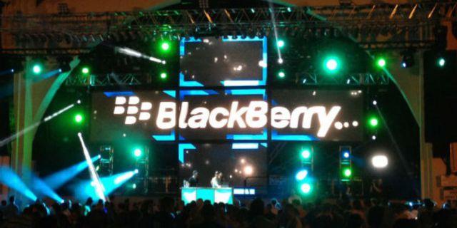 BlackBerry выделила $4