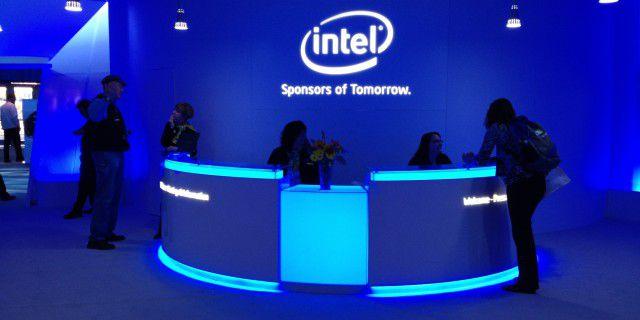 Прибыль Intel осталась