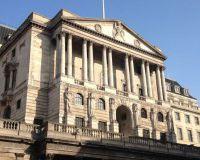 Банк Англии пообещал
