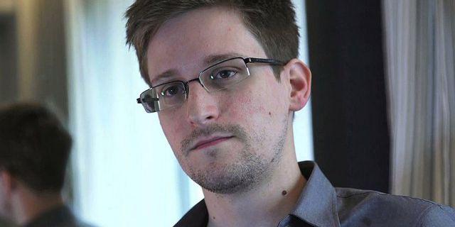 Сноудену предложили