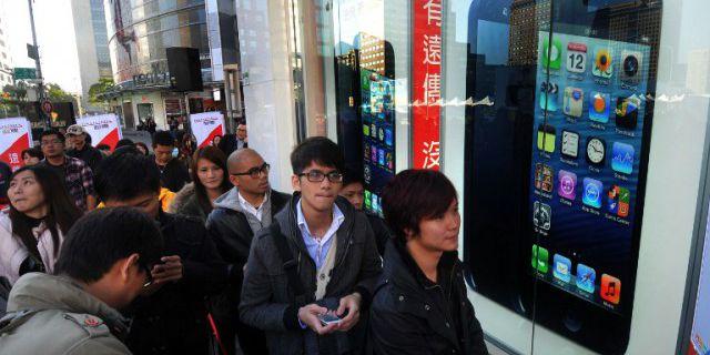 Продажи iPhone 5S и 5C в