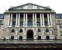 Банк Англии повысил