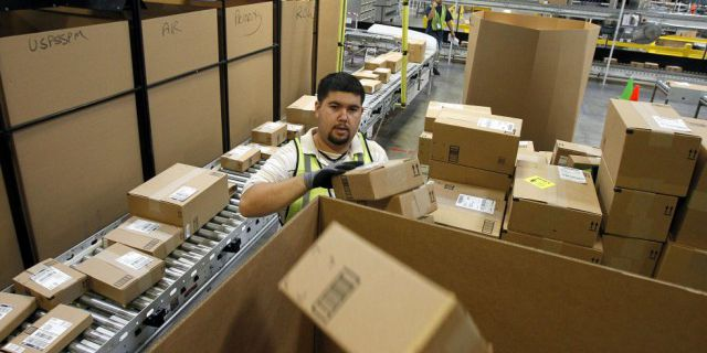 Amazon наймет 70 тыс.