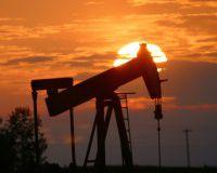 Нефть дорожает на