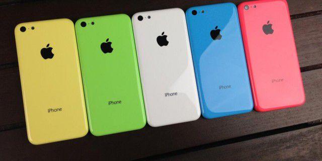 Apple вдвое сокращает