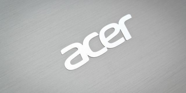 Выручка Acer продолжает