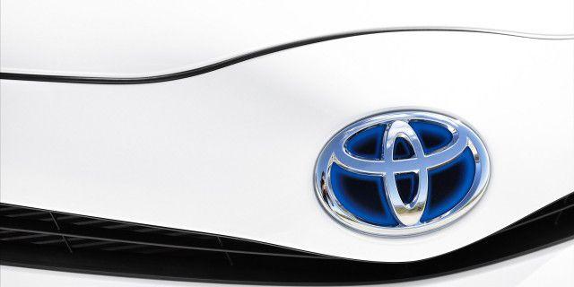Toyota отзывает 850 тыс.