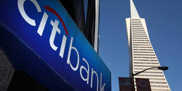 Доходы Citigroup не