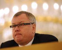 Костин: ВТБ не меняет