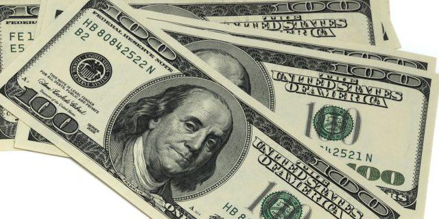 Курс доллара вырос на