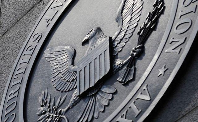 SEC выдвинула иски