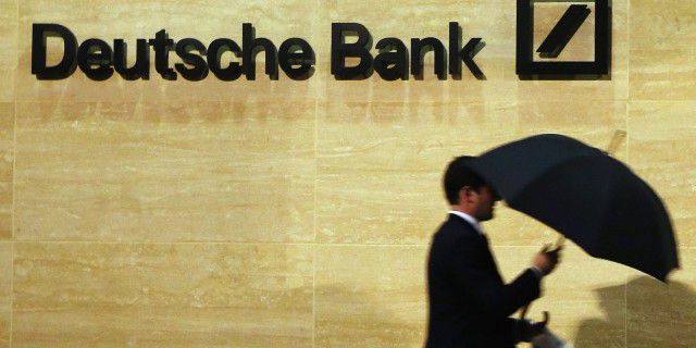 DeutscheBank: давление