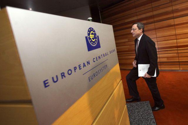 ЕЦБ ослабит монетарную