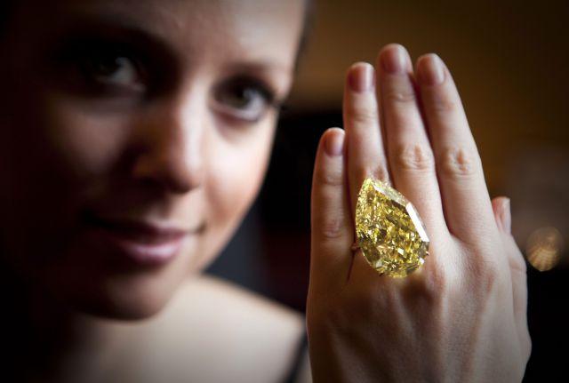 Редкие бриллианты уйдут