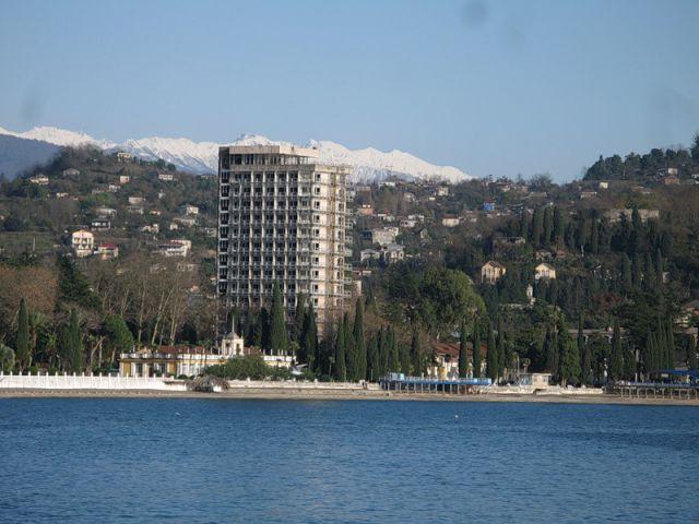 Абхазия форсирует
