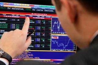 Акции в РФ растут на