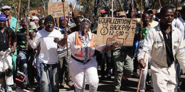 Забастовки в ЮАР привели
