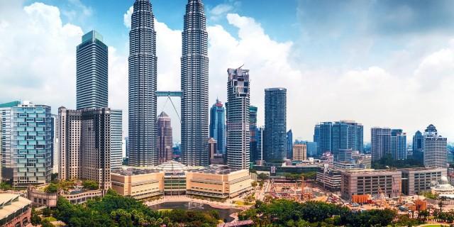 Малайзия демонстрирует