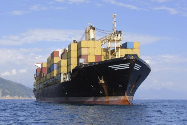 Рост экспорта дает