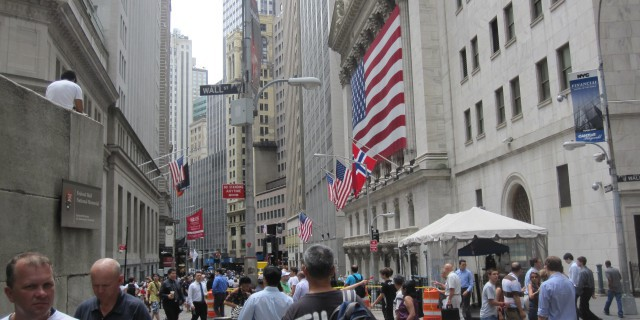 Банки на Уолл-стрит