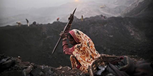 Индия потеряла $210 млрд
