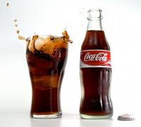 Coca-Cola помогает