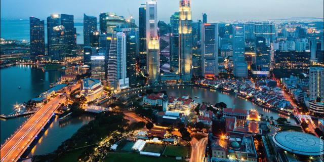Сингапур демонстрирует