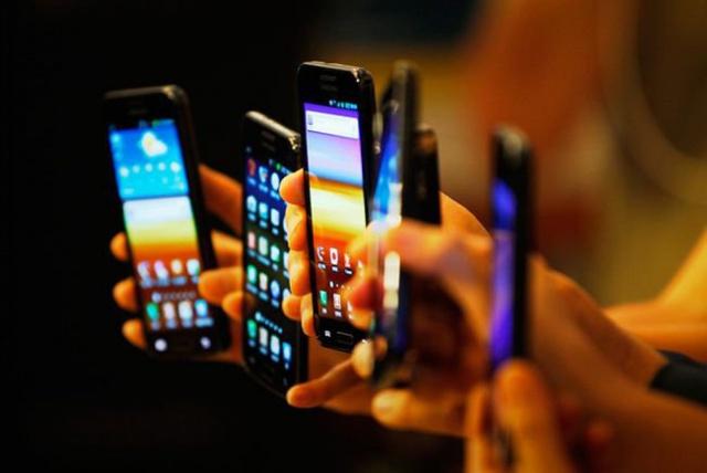 IDC: смартфонам все