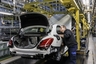 Daimler вложит 3 млрд