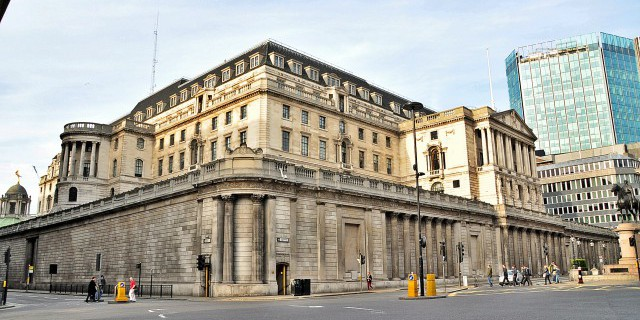 Британские банки не