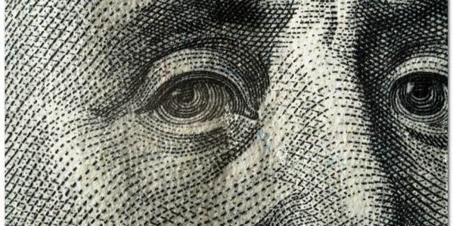 Почему сила доллара