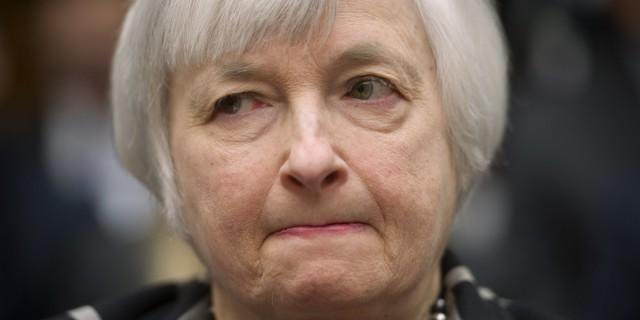 Почему ФРС изначально