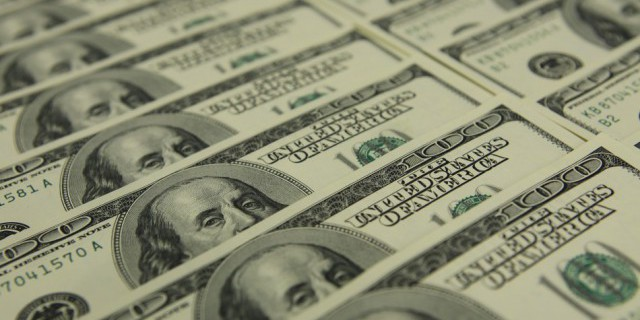 Доллар достиг