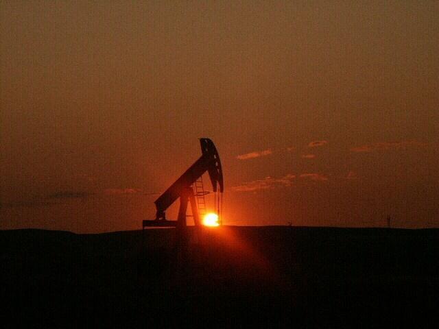 Почему дешевая нефть не