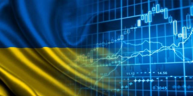 Долг Украины впервые