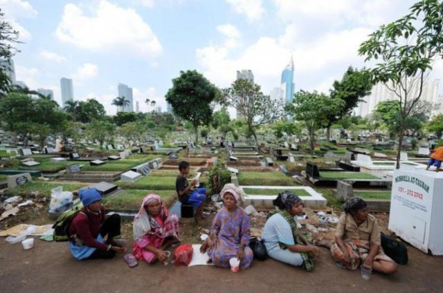 Oxfam: 1% станет богаче