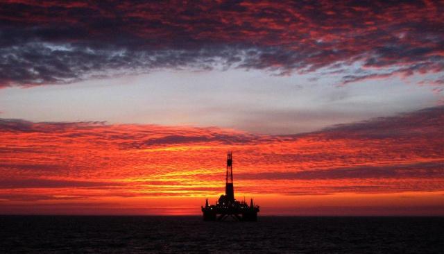 Нефть выросла до
