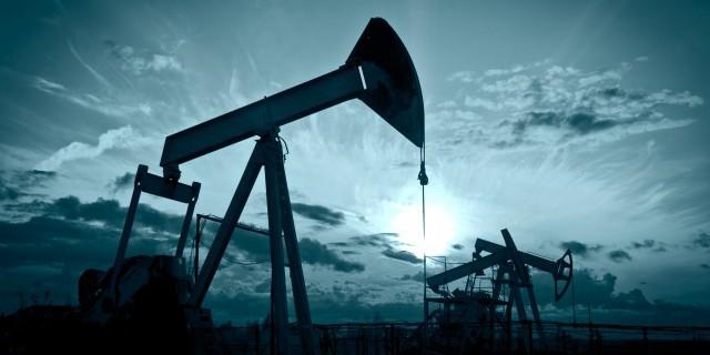 Цены на нефть растут в